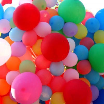 Flummis und Luftballons